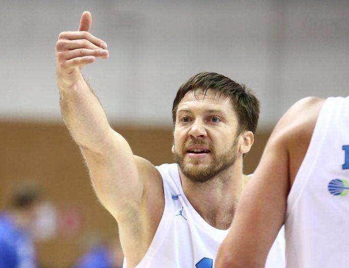 «Публика в Перми понимает баскетбол и знает, как нужно болеть». Интервью с Евгением Вороновым