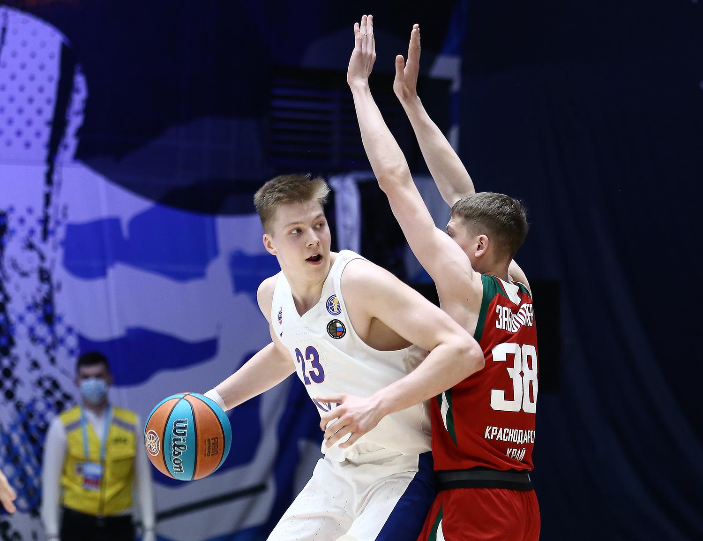 Антон Карданахишвили будет выступать за «Нижний Новгород» на правах аренды